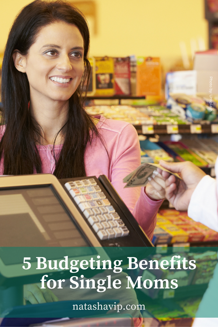 5 Budgeting Benefits for Single Moms